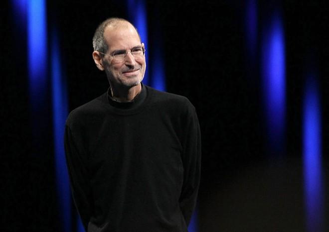 """Giá trị và Steve Jobs hướng đến khi ở vị trí CEO của Apple: """"Lợi nhuận là điều cần thiết, nhưng giá trị mà tôi hướng đến đó là việc tạo ra những sản phẩm hoàn thiện cả về phần cứng, phần mềm và thiết kế""""."""