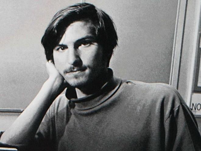 """Nói về Next – công ty máy tính Jobs gây dựng sau khi bị đuổi khỏi ban quản trị Apple: """"Thế giới không cần một công ty máy tính có giá trị 100 triệu USD"""". Bằng cách này, có thể cho thấy Steve Jobs xây dựng Next với một triết lý về sự hoàn thiện và tính thẩm mỹ của sản phẩm. Tuy nhiên những sản phẩm của Next đã bị ngành công nghiệp máy tính đào thải vì chi phí quá cao khiến chúng không thể trở nên phổ biến."""